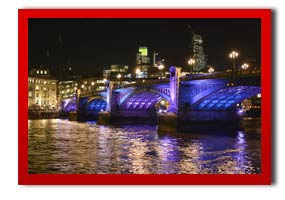 picture of southwark bridge by night